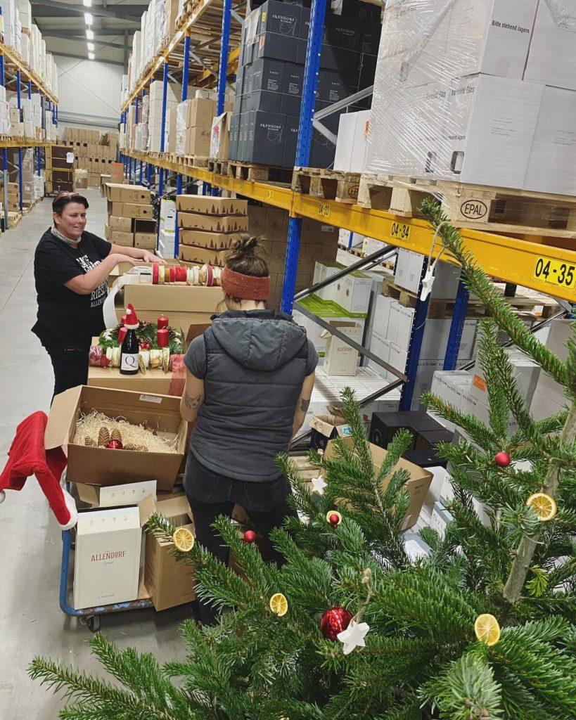 Weihnachtswichtel Päckchen Weingut Allendorf